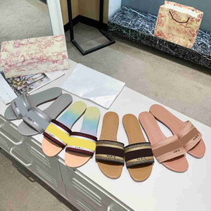 2021 desiner Women Sandals Slippers Embroidery Sandal Floral Brocade Flip Flops Striped Beach Genuine Leather Slipper 35 colors with box