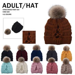 POM POM Beanie Çapraz At Kuyruğu Beanie 11 Renkler Kış Sıcak Örme Yün Şapka Kadın Kayak Kafatası Kapaklar ZZA