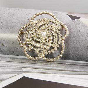 2020 kadın Marka Moda Takı Vintage Camellia Çiçek Stil Ayçiçeği Broş Parti Triko Broş Çiçek İnci Fashon Camellia Broş