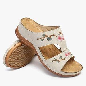 Летние женщины сандалии платфорны тапочки цветок печатающие красочные этнические туфли женщин удобные повседневные сандалии сандалии сандалии