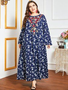 Loose Plus Size Dress Autumn Women Long Sleeve Floral Print Embroidery Retro Vintage Dress Blue Oversized Muslim Dress
