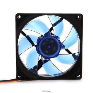 Вентиляторы охлаждения 90мм LED Light 3pin PC Desktop Computer Case Cooling Cooler Fan Low Noise 9025 зеленый / красный / синий