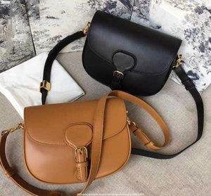 2021 Luxurys Tasarımcılar Yeni kadın Moda Çanta Omuz Çantası Siyah Mavi Mektup Işlemeli Eyer Çantası Kız Bayan Messenger Çanta Bel Çantaları