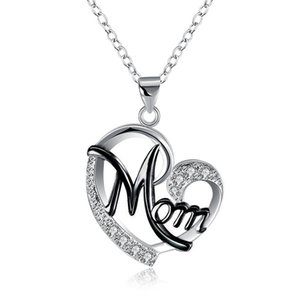European and American Womens Necklace (with Chain) Mom Color Separation Heart-Shaped Diamond Hot Mothers Day Gift