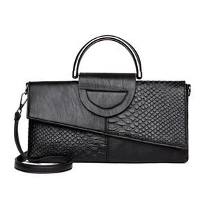 The new atmosphere Clutch female Korean female bag 2019 new fashion personality wild ladies handbag hand F4