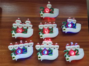 LED de Navidad Decoración de cuarentena Adornos intermitente DIY lumious Light Up familia Pendents de 7 Máscaras ornamento pandemia con la cara E10100