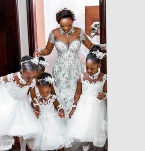 2021 Vintage Flower Girl Dresses For Weddings White Long Sleeve Sheer back Princess Kids First Communion Gowns Cheap Ankle Length