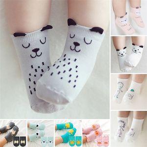 Los niños pequeños recién nacidos del bebé muchacho lindo de la historieta Animal Algodón botines para el tobillo calcetines Y201001