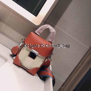 2020 Designer Luxury Wallet PVC Transparent Women's MoM Purse Crossbody Bag Cow Leather Handbag Canvas Shoulder Belt