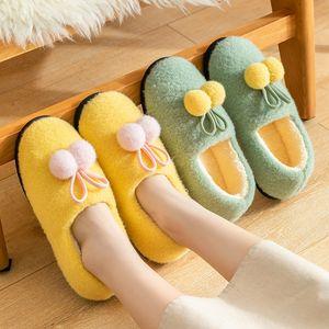 uwKqP 2020 neue Warm Mutterschaft Schuhe Baumwolle Pantoffeln Frauen Schwangerschafts-Schuhe postpartale Antiblockier und warme Paar Tasche Ferse Baumwolle Pantoffeln in
