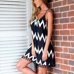 Hot Womens casual skirt black and white wave striped beach skirt tassel sling chiffon Casual Dresses S-3XL