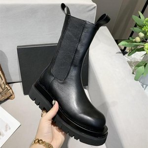 hot new lady's Genuine ReaL leather boots high chunky flat heel ankle boots fashionable comfortable Martin Boots high quality