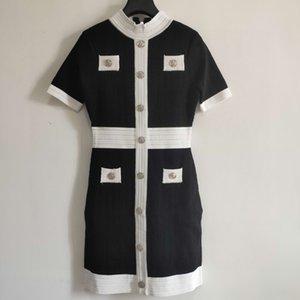 2021 Black White Red Green Knitting Women's Dress Designer Metal Buttons Short Sleeves Dresses Womens 202101