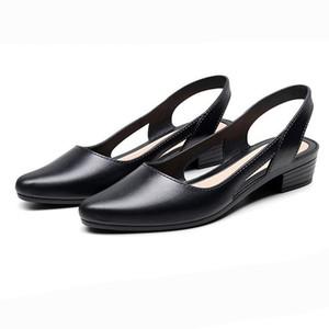 Women Jelly Sandals Slincbacks Конфеты Цвета вдавливание Женщина Низкие каблуки Насосы Летние туфли Дамы повседневная открытая мягкая обувь
