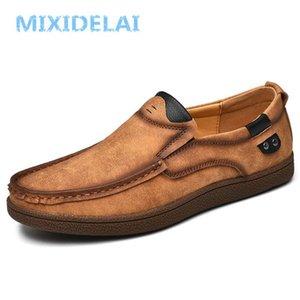MIXIDELAI neue Frühlings-Sommer Outdoor-Leder-beiläufige Schuh-Breathable Herrenschuhe handgemachte Wohnungen Mokassins Loafers Big Size