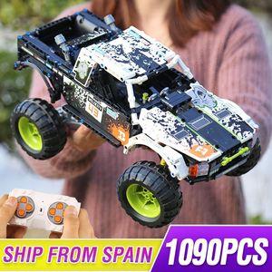 1090PCS Technic series the 4X4 Off Road Vehile remote control truck Building Block Blocks classic car Christmas gift Kids toys 1008