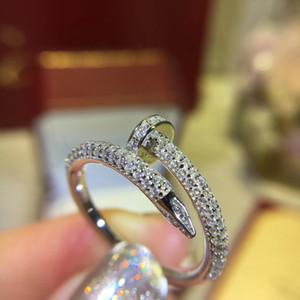 Anillo de explosión europeo y americano 18k Gold New C Home Nail Anillo de uñas Rose Gold Anillo de diamante completo 6 7 8 9