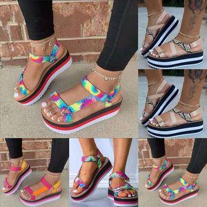 CwEq New summer heel sandal Muaddi designer high quality rhinestone horseshoe heeled sandals leather women square toe clip lace