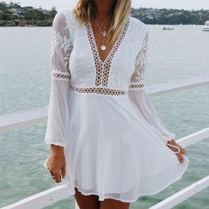 Summer Fashion nuovo casuale sexy scollo a V manica lunga abiti di pizzo donne Bianco Trim breve mini abito Vestido Sundress