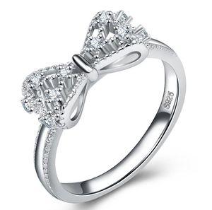 Beauté Mode Anneau Luxe Designer pour wemen Bijoux Bow style anneaux avec cristal brillant Pierre Drop Shipping