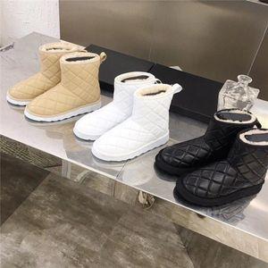 Venta caliente- Mujeres clásicas botas de nieve tobillo piel corta bota de invierno 3 colores mujeres mujeres botas de niña tamaño 35-41 Moda al aire libre