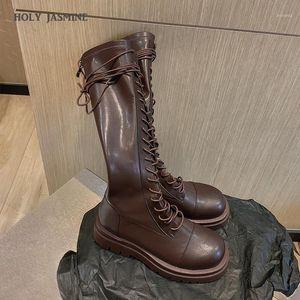 Holy Jasmine Knee-High Women Knight Boots Nuevo otoño e invierno Lace-Up Retro peluche corto interior Botas Pigskin Cross-Tied1