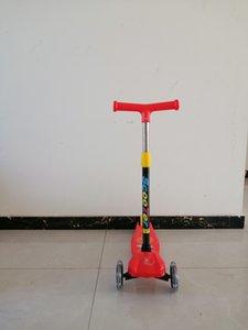 Scooter rossi Kick Sport Equilibrio esterno Equilibrio Semplice Bambini Scooter lampeggiante per bambini per bambini 2-12 anni