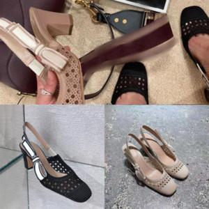 QTDMZ Zarif Çiviler Alt Sandal Kayış Kırmızı Plafrom Sandalet Yüksek Kaliteli Levantine Kadın Ayak Bileği Takozlar Tasarımcı Abartılı Yüksek Topuklu