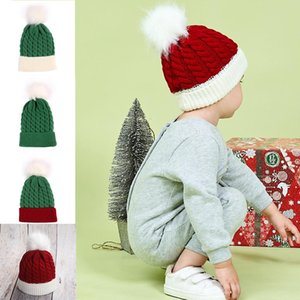 2020 New Christmas Styles Kids Knitted PomPom Beanie XMS Red Green Color With White Fur Ball Cute Kids Winter Warmer Beanies Toddler Hats