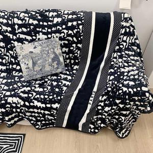 Nuovo Tutti Stagioni Designer Coperte Lettera di Lusso Stampa Home Coperta Adulti Bambini Moquette Casa Tessile Beddings Forniture