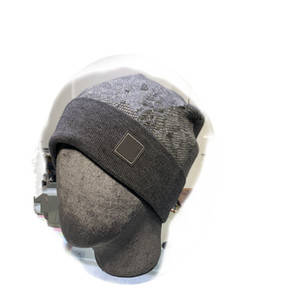 2020 Казавственная вязаная шапка шляпа женщин мужчины осень зима шляпа черепные четки Hip Hop шапочки шляпа букв новый