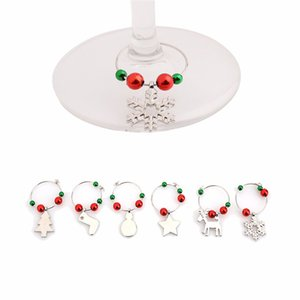 6pcs / Ensemble de vin de Noël Verre Verre Décoration Charms Partie du Nouvel An Bague Coupe de la Table Décorations de table de Noël Pendentifs en métal Decor 6pcs Gwe3996
