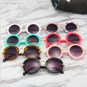 Kids Sunglasses Retro Round Frame Sun Glasses Fashion Flower Print Sunshade Glasses Baby Outdoor Travrel Metal Frame Eyewear GWC3028
