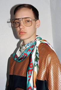 221hot Lüks 0428 Tasarımcı Unisex Güneş Gözlüğü Erkek Kadın Moda Wrap Yaz Tarzı Çerçeve En Kaliteli UV Koruma