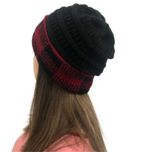 2020 new style assorted colors Large squares hats Colorful knitted woman headwear Bell knit cloche hats