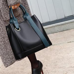 Натуральные кожаные сумки новая мода все-футзальный портативный портативный портативный мешок с большой емкостью дизайнерская сумка