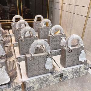 2021 Lady Mini Grey Diamante Brillantes Bolsos Brillantes Diseñadores Lujos de Alta Calidad Bordado Impermeable Princesa Moda Mujer Mini Bolsa Borse