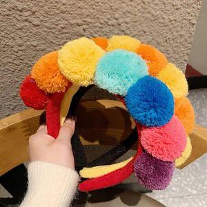 Симпатичные шерстяные шарики оголовье для групп женщин Осень Зима Девушки волос ободок Мода Цветные Wool Головных уборов Аксессуары для волос