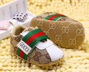 2020 Детские ходунки Первый новорожденный Baby Boy девушка медведь Printed Pram обувь Холст обувь 0-18MSoft Prewalker тапки