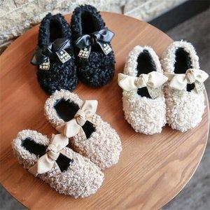 Çocuk Pamuk Ayakkabı 2020 Kış Yeni Kızlar Sevimli Lambswool Rhinestone Yay Prenses Ayakkabı Rahat Artı Kadife Sıcak Flats Çocuk Ayakkabı