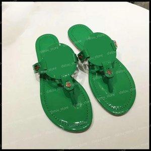 Designers Mulheres Sandálias Luxurys Slides Womens Shoes Designers Flat Slides Flip Flops Platform Sandals Sandal Sandália com caixa