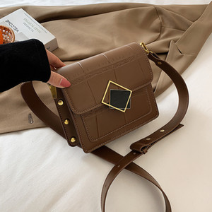 Net Red Bag Niche Design Herbst und Winter 2021 Mode Handtaschen Neue Mode Vielseitige Sehr Schulter Messenger Textur Kleines quadratisches Mädchen