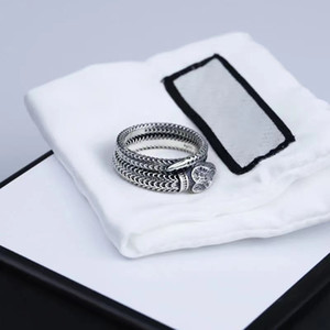 Les amateurs de bijoux anneaux sonneries de serpent hommes et femmes