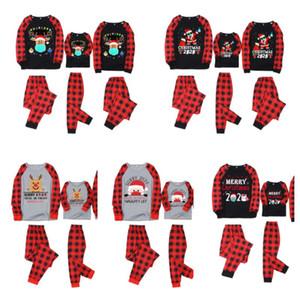Christmas Xmas Plaid pigiama due pezzi familiari abbinare abiti 2020 2021 Maschera Renna Babbo PJM Set Bambini Genitori a casa abiti E110301