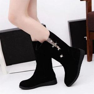 2020 winter new flat-bottom flat-heeled women's boots wild round toe lace wear-resistant mid-tube riding boots women's shoes