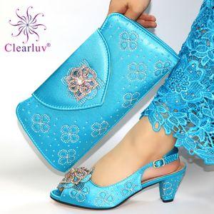 Shoes Blue Sky New Mulheres nigerianas com harmonização de Bag Set 2020 para Alta Parte Casamento Salto Chinelos e Bag Set com Crystal