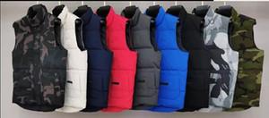 2020 Marca de moda para hombre Chaleco de invierno de lujo Classic Chaleco Down Down Designer Abrigos de Parka Chaqueta gruesa Chaqueta Sólida Zipper Sin mangas Top Calidad 20091201T