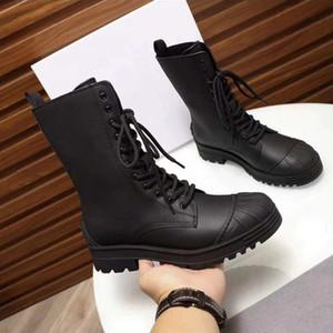 Venta caliente botas de tobillo en la pasarela son de cuero, haciéndolos hermosa, atractiva y cómoda