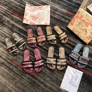 Dior flip flop Pantoufles Heel Medium Summer Luxe Femme Beach Alphabet Pantoufles Designer Sandales rugueuses Sandales tricotées Toilettes Chaussures femme 35-42