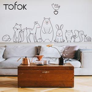 Wall Tofok animal de la historieta Etiqueta Shy oso bebé del Fox creativa para habitaciones de niños de guardería Adhesivos Adhesivo Inicio Decoración Papel de alimentación C1005